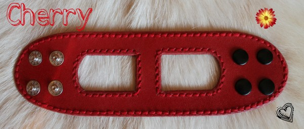 kožený červený náramok