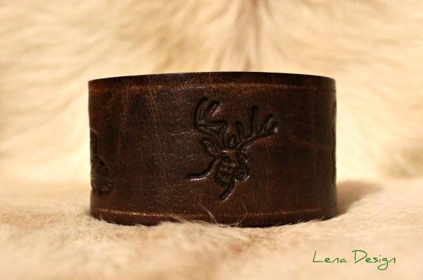 kožený náramok s jeleňom