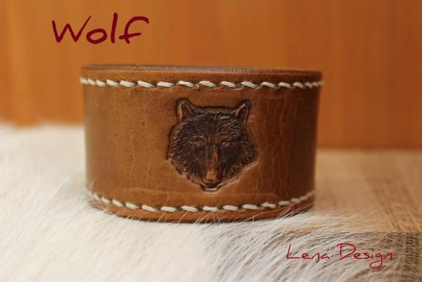 vlk kožený náramok